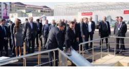 Ильхам Алиев и Президент Франции Николя Саркози приняли участие в церемонии закладки фундамента Французского лицея в Баку