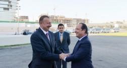 Президент Франции Франсуа Олланд ознакомился с условиями, созданными в Бакинском французском лицее