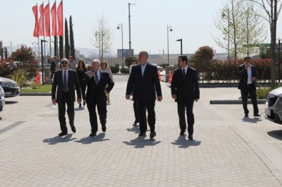 Делегацией Представительского совета Еврейских институтов Франции посетила Baku White City