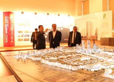 Delegation headed by CEO of Arabian Damac Group introduced to Baku White City project