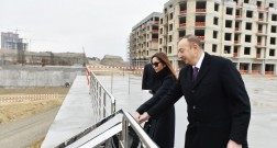 President Ilham Aliyev visits the construction at Baku White City