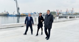 Ilham Aliyev reviewed the construction works at the Baku White City Boulevard
