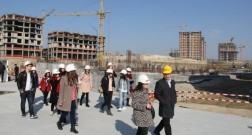 Students of the University of Architecture and Construction are working on probation at Baku White City