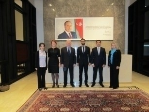 Member of Parliament Professor Charles Hendry visited the project office of Baku White City