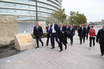 Vitali Klichko visited Baku White City